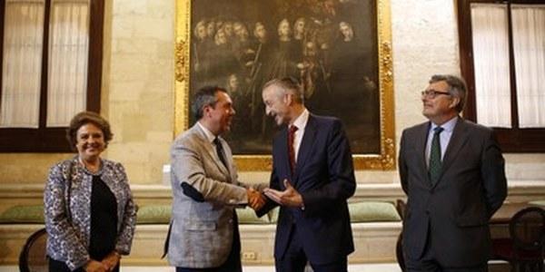 (02/06/2017) El Ayuntamiento y Airbus firman un acuerdo para desarrollar el proyecto de innovación tecnológica Sevilla Futura