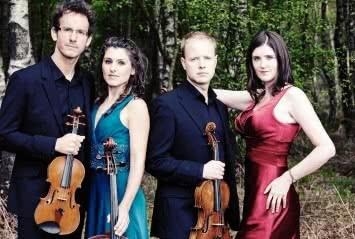Carducci-String-Quartet-Foto-Andy-Holdsworth-355x239.jpg