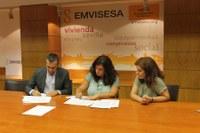 (02/07/2017) Emvisesa entrega las llaves de una primera vivienda a la Fundación Atenea-Realidades para la atención inmediata de personas en situación de vulnerabilidad