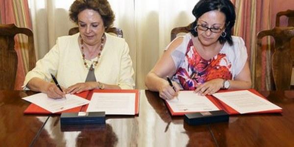 (10/06/2017) El Ayuntamiento firma un convenio con UPTA-Andalucía para fomentar el trabajo autónomo en la ciudad sobre todo entre colectivos con difícil acceso al mercado laboral