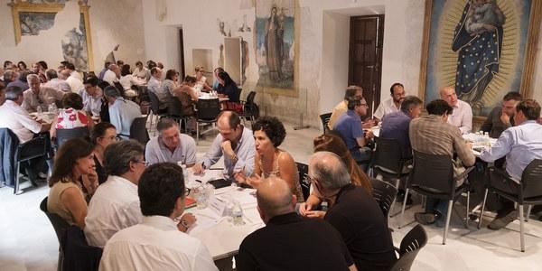 (14/9/2017) El Ayuntamiento impulsa seis mesas sectoriales para la elaboración de propuestas y recomendaciones sobre el PGOU de Sevilla