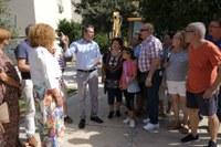 (16/08/2017) El Ayuntamiento invierte casi un millón de euros en reurbanizar la Plaza de Azahín y tramita un estudio sobre las patologías y la accesibilidad de todos los bloques de viviendas de Parque Alcosa
