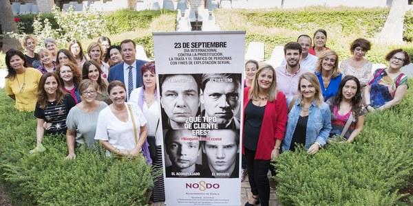 (19/9/2017) El Ayuntamiento lanza la campaña #NingunoTieneExcusa contra la prostitución en Sevilla que incide en los clientes coincidiendo con  la ordenanza que agiliza la tramitación de sus sanciones