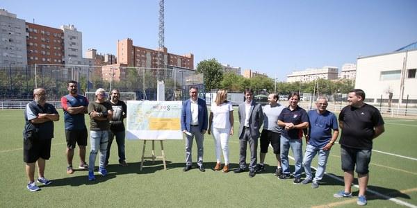 (25/07/2017) El Ayuntamiento invertirá un millón de euros en un plan de renovación y mejora del césped artificial en 17 instalaciones deportivas