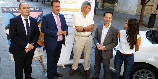 (25/09/2017) La Semana Europea de la Movilidad acoge por segundo año consecutivo la celebración del GreenFriday con la colaboración de empresas, comerciantes y taxistas