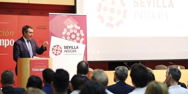 (26/09/2017) El programa municipal de empleo Integra, impulsa la creación de 309 puestos de trabajo tras atender a 3.544 desempleados, sobre todo de zonas desfavorecidas de Sevilla