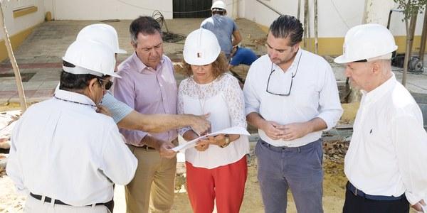 (28/8/2017) El Ayuntamiento renueva las redes y los patios del CEIP Huerta de Santa Marina dentro del plan de inversión de colegios que cuenta con más de 5 millones y más de 50 proyectos