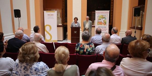 (4/10/2017) El Ayuntamiento acoge la  muestra 'Un paseo filatélico por  la Expo'92' que ofrece un recorrido por la Exposición Universal a través de sellos