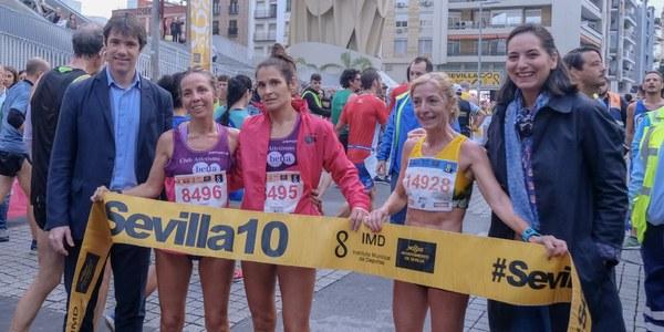48.000 corredores participan en el circuito #Sevilla10 en el que se imponen  Rubén Álvarez y Carmen Valle