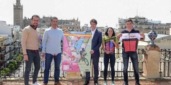 800 deportistas participan en el V NutriSport Half Triatlón de Sevilla, que se encuadra en el Campeonato de España
