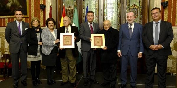 Acto de reconocimiento de la Asociación de Vecinos Torre del Oro-Arenal