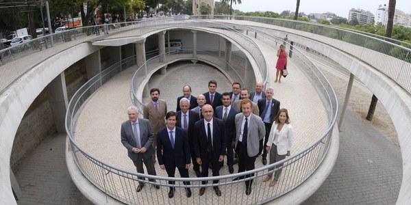 (27/9/2017) Ayuntamiento, Diputación, Junta, Aeropuerto y el conjunto del sector aúnan esfuerzos para destacar la contribución económica y laboral del turismo para Sevilla y avanzar en estrategias de sostenibilidad