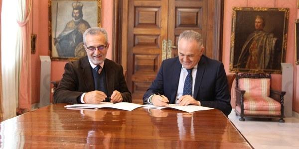 Ayuntamiento y Real Betis Balompié impulsan el proyecto 'Promociona Salud' para los deportistas más jóvenes y la comunidad educativa