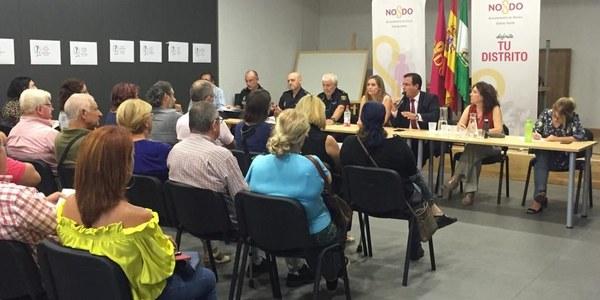 Ayuntamiento y Subdelegación mantendrán el dispositivo de seguridad en Pino Montano