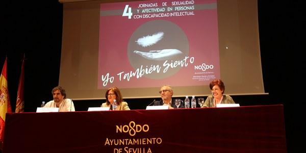 Casi 350 personas con diversidad funcional intelectual han participado este curso en los talleres del programa de educación afectivo-sexual  'Yo también siento' del Área de  Salud del Ayuntamiento de Sevilla