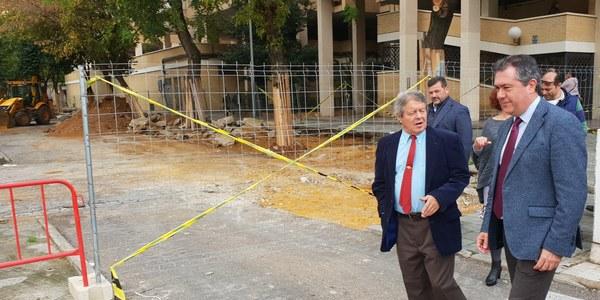 Comienza la reurbanización integral de la calle Zapillo en Sevilla Este