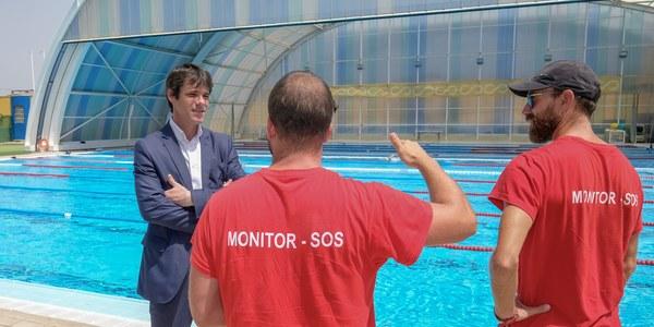 Comienzan los trabajos para actualizar el sistema de climatización de la piscina del CD Hytasa