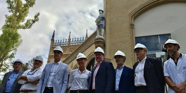 Concluye la restauración de las fachadas y cerámicas del Pabellón Real