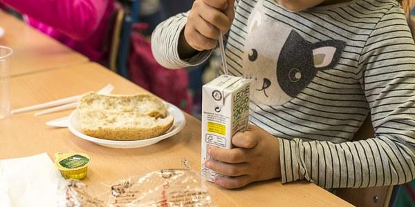 """Más de 10.500 escolares y 600 docentes participan en los """"Desayunos Saludables"""" promovidos por el Servicio de Salud en este curso 2017-2018"""