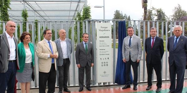 El alcalde inaugura el Parque Magallanes, con una superficie  de 40.000 metros cuadrados  a orillas del Guadalquivir