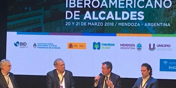 El alcalde participa en el III Foro Iberoamericano de alcaldes y refuerza la cooperación e intercambio de proyectos con ciudades en innovación, sostenibilidad y políticas sociales