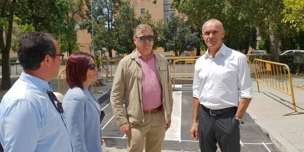 El Ayuntamiento abre un nuevo acceso en la Avenida de la Paz, en  el Distrito Sur, con itinerarios peatonales, accesibilidad, carril bici y reordenación de aparcamientos
