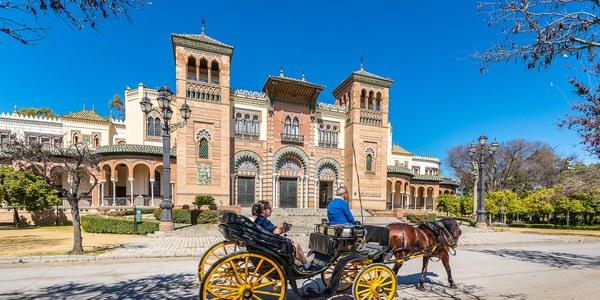 El Ayuntamiento acometerá obras para mejorar los accesos y viales del Parque de María Luisa con un presupuesto de casi 470.000 euros