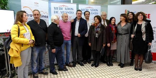 El Ayuntamiento adjudica inversiones por un valor de 270.000 euros para proyectos de reforma en los mercados de Candelaria y Cerro del Águila