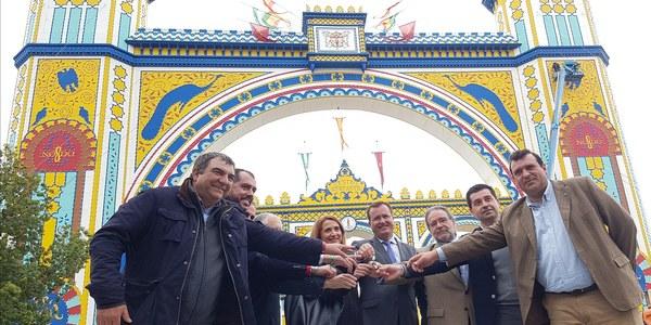 El Ayuntamiento amplía el dispositivo de servicios municipales para la Feria de Abril de 2018 con un refuerzo de la limpieza y del transporte público