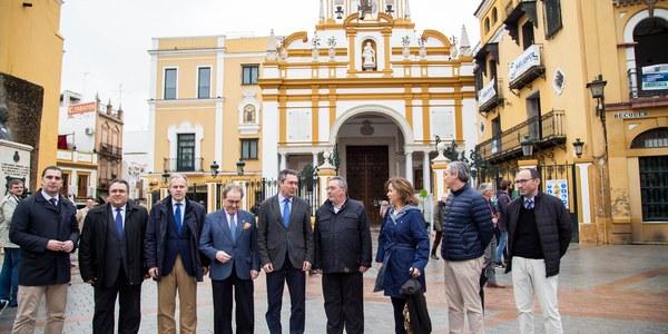 El Ayuntamiento concluye la reurbanización del entorno del Arco y la Basílica de la Macarena como nueva plaza peatonal, arbolado y accesibilidad universal