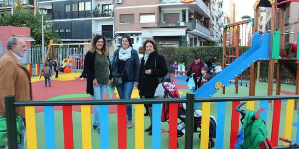 El Ayuntamiento construye  una nueva zona infantil en  la Plaza de Don Otilio, en el barrio de Los Remedios