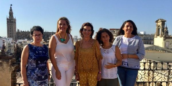 El Ayuntamiento crea los Premios de Investigación y Creación Literaria de la Ciudad de Sevilla para destacar el valor del trabajo de las mujeres en este ámbito