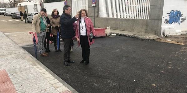 El Ayuntamiento culmina la obra del nuevo acceso al CEIP Carlos V que facilita la entrada de vecindario, comunidad educativa y vehículos de emergencias en Torreblanca