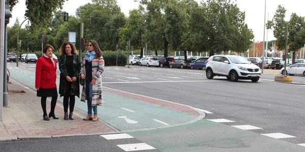 El Ayuntamiento culmina la renovación del pavimento de las avenidas Adolfo Suárez y Flota de Indias, en el Distrito Los Remedios