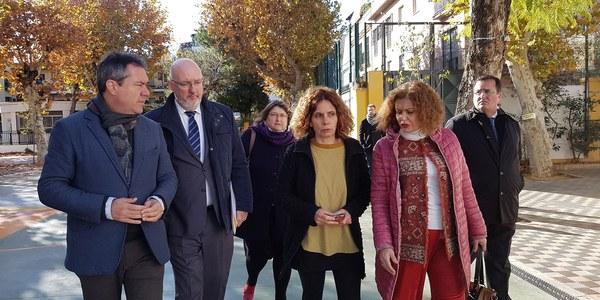El Ayuntamiento culmina las mejoras en el CEIP Huerta de Santa Marina para garantizar la accesibilidad, mejorar los patios y renovar las redes