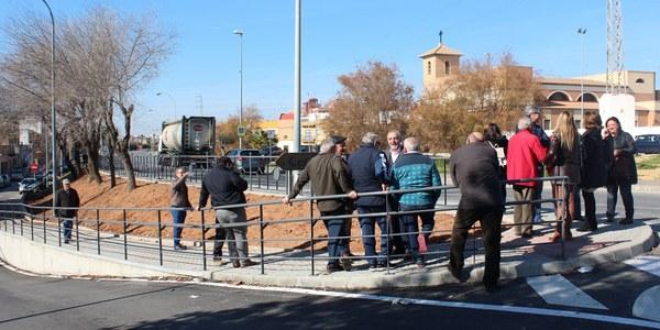 El Ayuntamiento culmina las obras en la Ronda de Padre  Pío que facilitan el tránsito peatonal en la barriada
