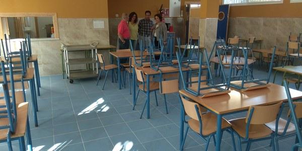 El Ayuntamiento culmina obras de 150.000 euros de presupuesto para ampliar el comedor, eliminar barreras arquitectónicas y reformar aseos en  el CEIP San José de Calasanz, en  la Barriada del Carmen de Triana