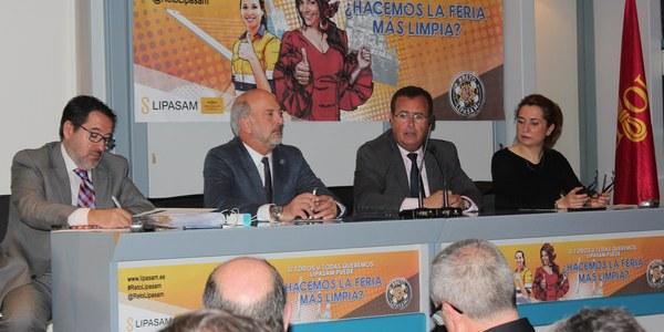 El Ayuntamiento de Sevilla activa todo el dispositivo de Policía Local, Bomberos, Protección Civil y del resto de servicios municipales con motivo del inicio de la Feria de Abril