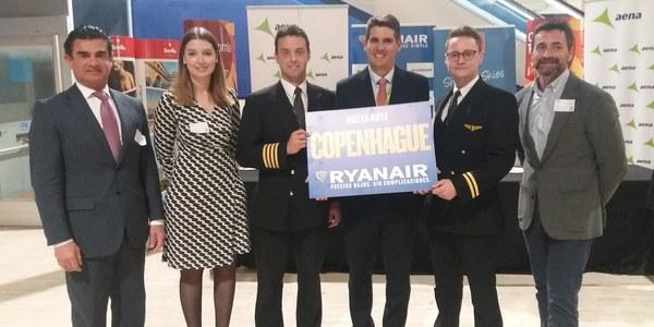 El Ayuntamiento destaca la apuesta de Ryanair por Sevilla tras el estreno hoy de la nueva ruta con Copenhague que eleva a 40 sus enlaces este verano