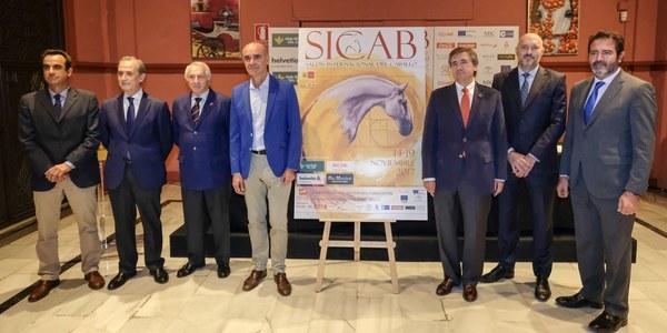 El Ayuntamiento destaca la importancia de SICAB como motor turístico y económico de la ciudad en plena temporada media-alta