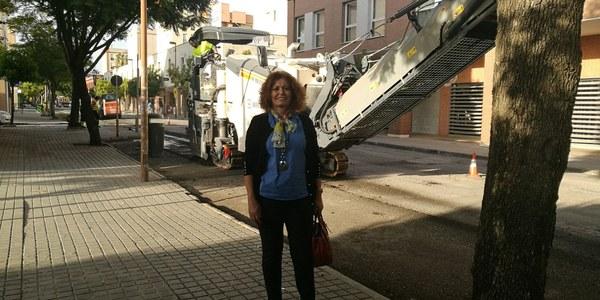 El Ayuntamiento ejecuta el asfaltado de 15 calles de Este-Alcosa-Torreblanca bajo un presupuesto de 120.252 euros