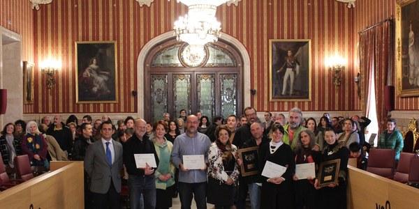 El Ayuntamiento entrega los premios del XVIII Mercado Navideño de Artesanía que reconocen las técnicas del oficio, la innovación y la imagen