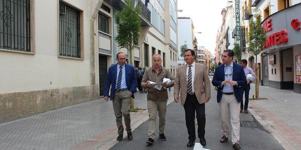 El Ayuntamiento extiende el modelo de reurbanización integral de la calle Amor de Dios a García Tassara, San Andrés y Cervantes, que contarán todas con plataforma única