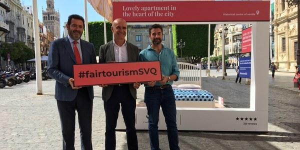 El Ayuntamiento inicia en Sevilla la campaña de información y sensibilización contra los pisos turísticos ilegales