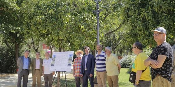 El Ayuntamiento inicia la renovación integral de la iluminación del Parque Amate con un presupuesto de 400.000 euros y un ahorro del 85% en el consumo eléctrico y construirá casi 650 alcorques para mejorar la arboleda