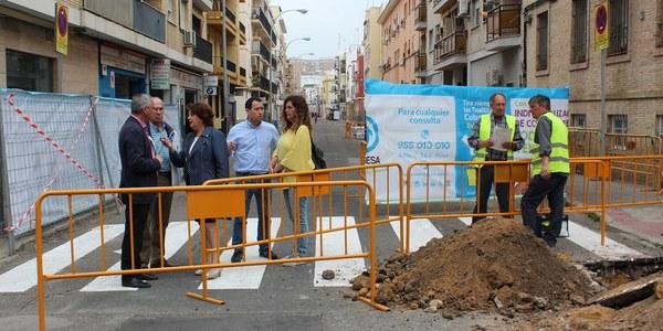 El Ayuntamiento inicia obras de mejora de redes y reurbanización de la calle Virgen de África, en el  Distrito Triana, con un presupuesto superior al medio millón de euros
