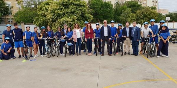 El Ayuntamiento inicia una nueva ampliación de la red de bicicleteros en la vía pública con 370 nuevas unidades lo que supone un nuevo incremento del 10%