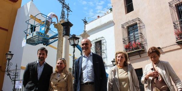 El Ayuntamiento invierte 200.000 euros en diez restauraciones de esculturas en la vía pública y triplica el contrato para actuaciones inmediatas de limpieza y reparaciones menores