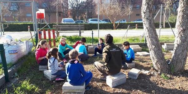 El Ayuntamiento lleva a cabo campamentos gratuitos en los huertos urbanos para menores de entre 7 y 12 años dentro de su agenda de Navidad
