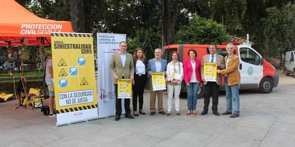 El Ayuntamiento pone en marcha la campaña 'Sevilla, siniestralidad cero' que se enmarca en el acuerdo suscrito con sindicatos y patronal para la prevención de los accidentes laborales